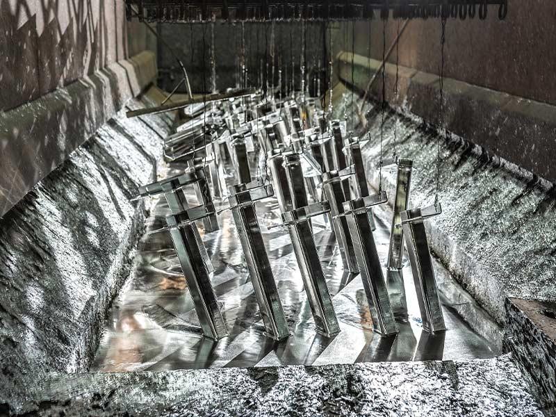 Arens Oberflächenfullservice - Moření hliníku